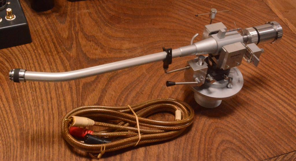 SAEC WE-506/30 12 inches long tonearm with lifter mechanism, cable* Perfect condition