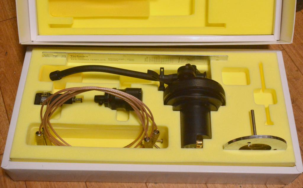 Technics EPA-100 MK2 tonearm boron titanium with original box, headshell and Suhner cable