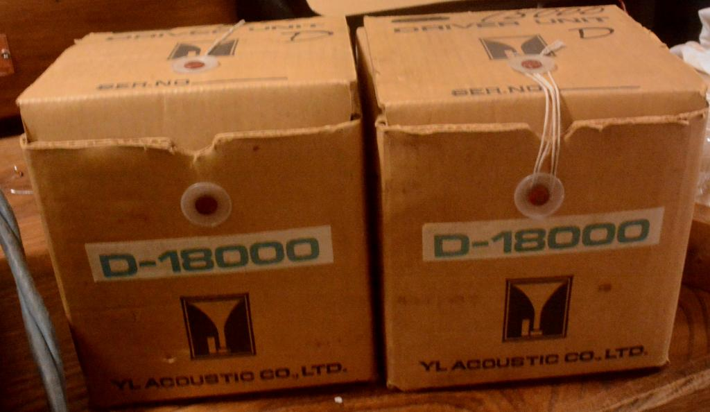 Pair New old stock YL-D18000 * checked by ALE Acoustic 5K-22KHz * matching pair