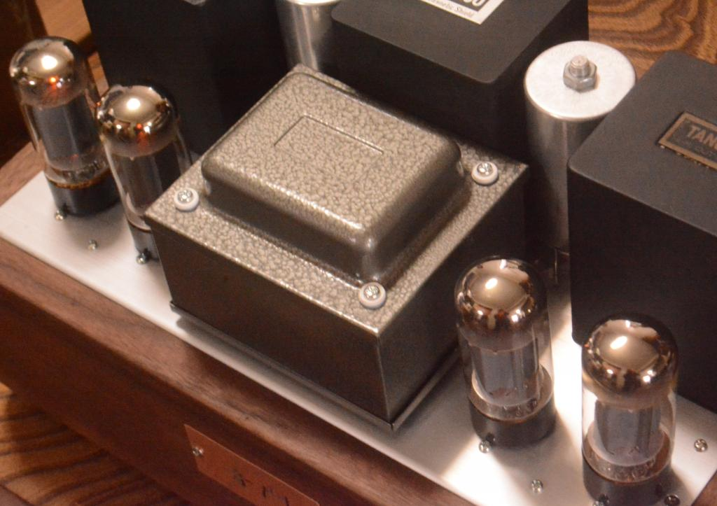 Special order made 6L6 PP tube amp with deluxe Walnut wooden case