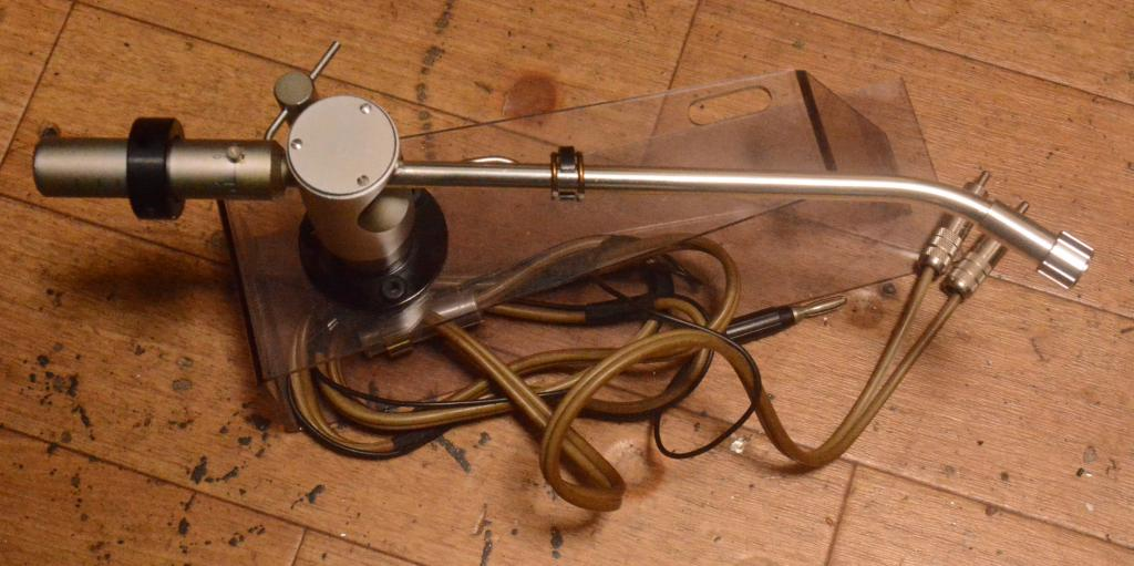 Fidelity Research FR-24Mk1 tonearm with cable * VG++