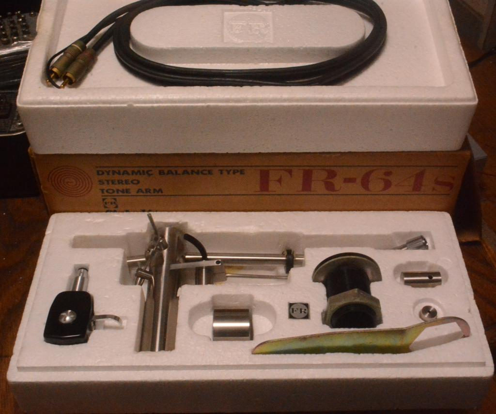 MINT Fidelity Research FR-64S tonearm with full set original box, cable, manual, template and shell