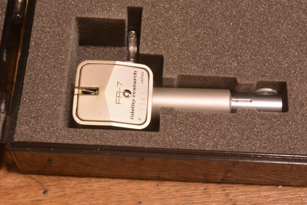 Fidelity Research FR-7 MC cartridge with silver coil for professional
