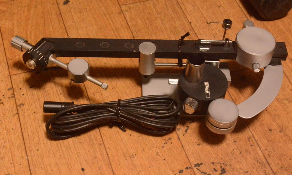 Dynavector DV-505 tonearm manufactured in 70s year silver wire