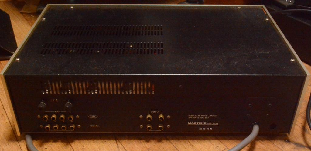 Mactone XX-101 tube phono stage amplifier with headamp separate