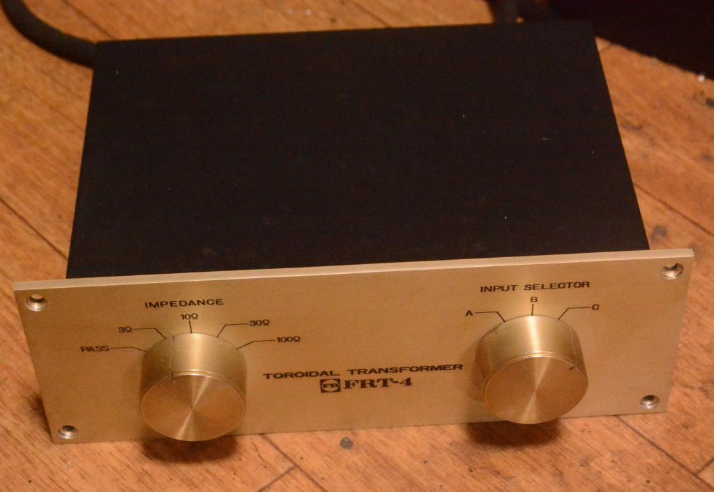 Fidelity Research FRT-4 step up transformer for 3 tonearms, 3-100ohm impedance